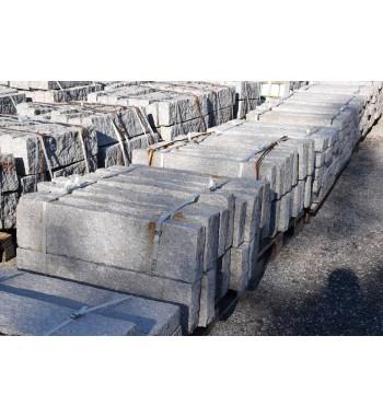 Leistensteine Granit gespalten grau ca. 10x25x100 cm