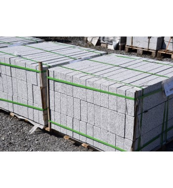 Palisaden Granit gestockt grau 8 & 10 cm
