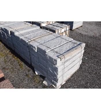 Blockstufen Granit grau gespitzt ca.15x35x100 cm