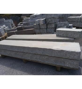 Palisaden Sandstein Kandla Grey spaltrauh 10x25x150 cm