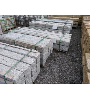 Palisaden Granit grau gespitzt 15x15 cm
